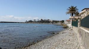 vista porto da spiaggia