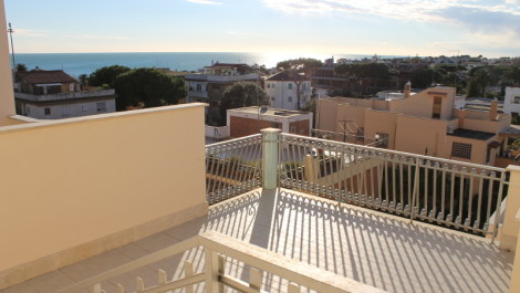 Santa Marinella Newly constructed apartment immediate consignment.
