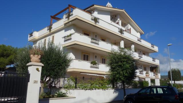 Santa Marinella – Via Buonarroti, complesso privato e signorile