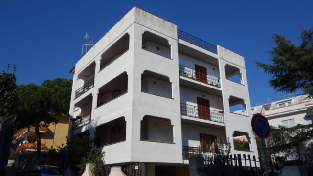 Santa Marinella – Appartamento ampia metratura in zona centrale