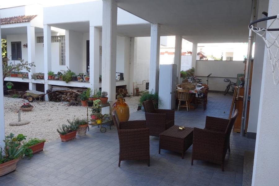 Santa marinella soluzione indipendente mf casa for Patio indipendente casa