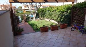 giardino fronte nice