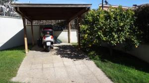 posto auto interno giardino