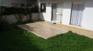 esterno con giardino2