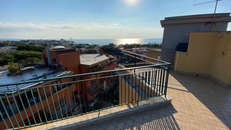 Santa Marinella – Meraviglioso attico vista mare