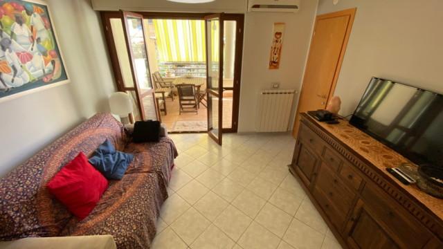 Santa Marinella – Appartamento semi-indipendente posto al piano terra con giardino